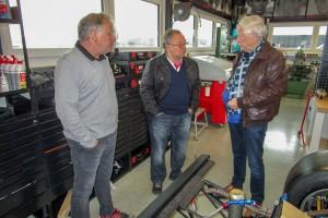 Kurt Ahrens Im Gespräch Mit Michael Groth (links) Und Eckhard Schimpf (rechts)